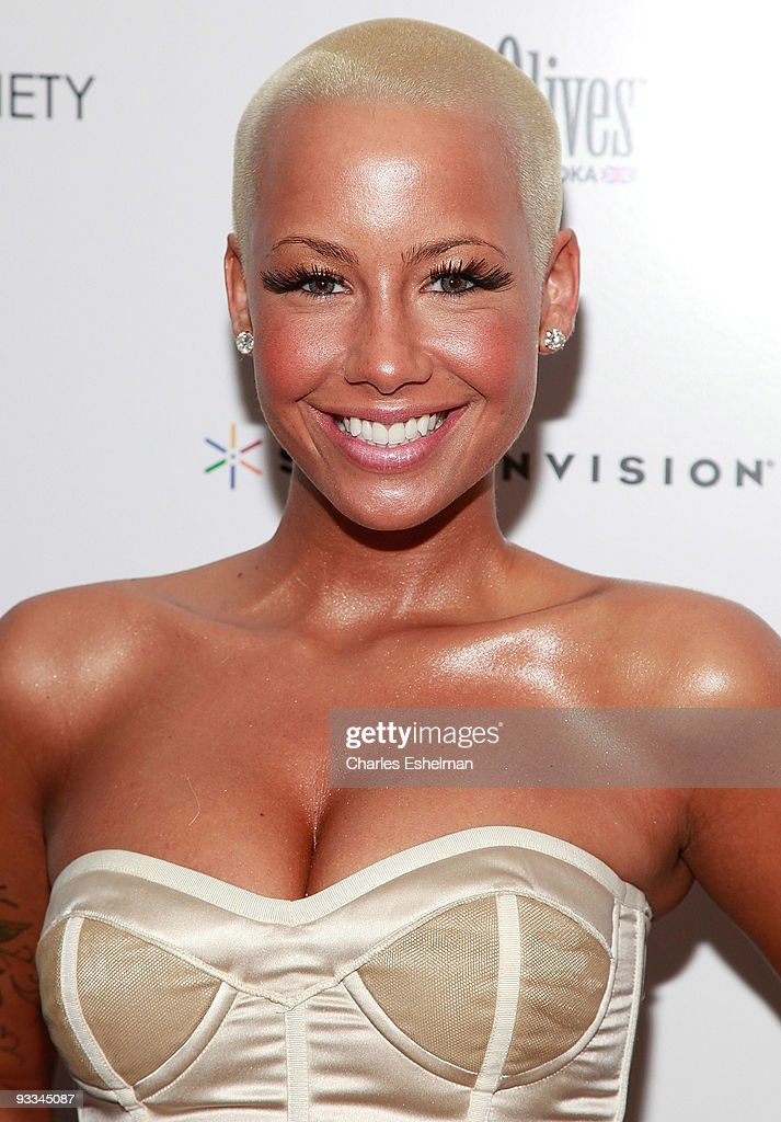 Model <a gi-track='captionPersonalityLinkClicked' href=/galleries/search?phrase=Amber+Rose+-+Model&family=editorial&specificpeople=2025513 ng-click='$event.stopPropagation()'>Amber Rose</a> attends a screening of 'Me And Orson Welles' hosted by the Cinema Society, Screenvision and Brooks Brothers at Clearview Chelsea Cinemas on November 23, 2009 in New York City.