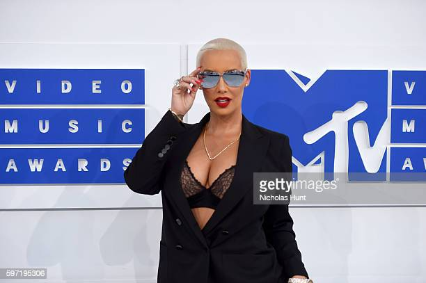 Model Amber Rose attends the 2016 MTV Video Music Awards at Madison Square Garden on August 28 2016 in New York City