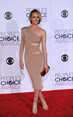 Model Amber Valletta arrives at the People's Choice Awards 2016 at Microsoft Theater in Los Angeles California on January 6 2016 AFP PHOTO /ANGELA...