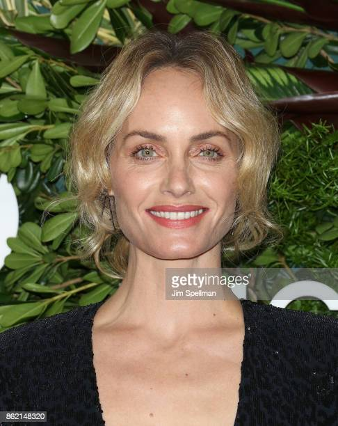 Model Amber Valletta attends the 11th Annual God's Love We Deliver Golden Heart Awards at Spring Studios on October 16 2017 in New York City