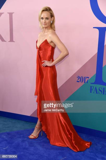 Model Amber Valletta attends the 2017 CFDA Fashion Awards at Hammerstein Ballroom on June 5 2017 in New York City