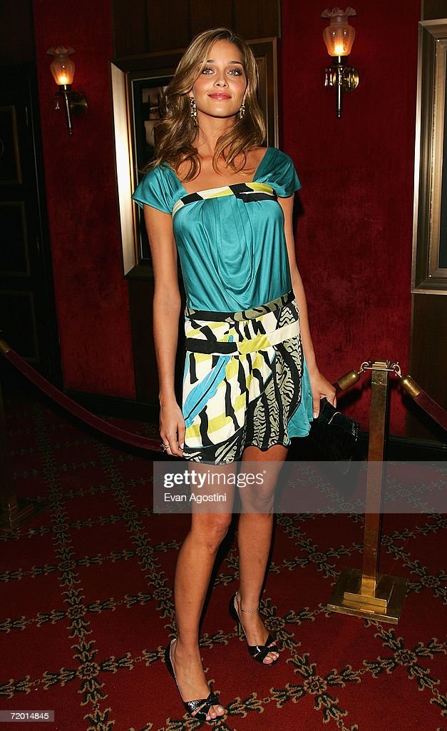Model Ana Beatriz Barros attends the Warner Bros. Pictures premiere of 'The Departed' at the Ziegfeld Theatre September 26, 2006 in New York City.