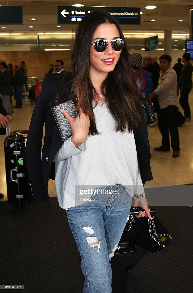 Model and David Jones fashion ambassador <a gi-track='captionPersonalityLinkClicked' href=/galleries/search?phrase=Jessica+Gomes&family=editorial&specificpeople=4319063 ng-click='$event.stopPropagation()'>Jessica Gomes</a> arrives at Sydney International Airport on May 19, 2013 in Sydney, Australia. Gomes is in Australia to attend the David Jones 175th birthday celebrations.