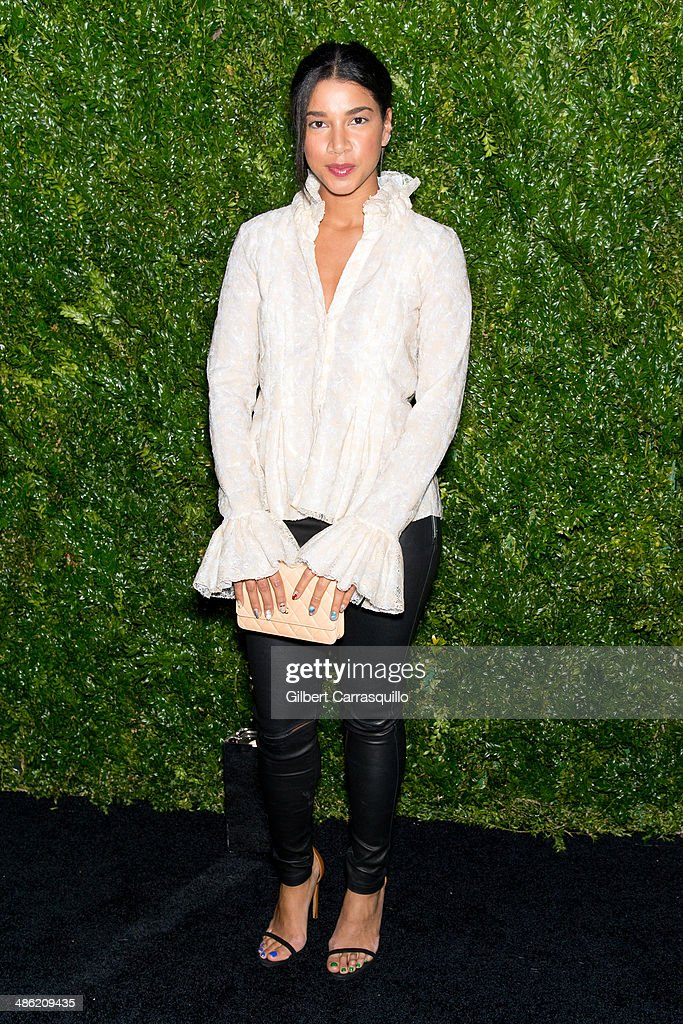 Model and DJ Hannah Bronfman attends the 9th annual Chanel Artists Dinner during the 2014 Tribeca Film Festival at Balthazar on April 22, 2014 in New York, New York.