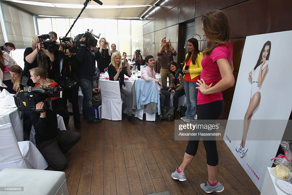 Model and Reebok Easytone Ambassador <a gi-track='captionPersonalityLinkClicked' href=/galleries/search?phrase=Miranda+Kerr&family=editorial&specificpeople=5714330 ng-click='$event.stopPropagation()'>Miranda Kerr</a> attends the Reebok EasyTone event on the roof of the Bayerisch Hof Hotel on April 17, 2012 in Munich, Germany.