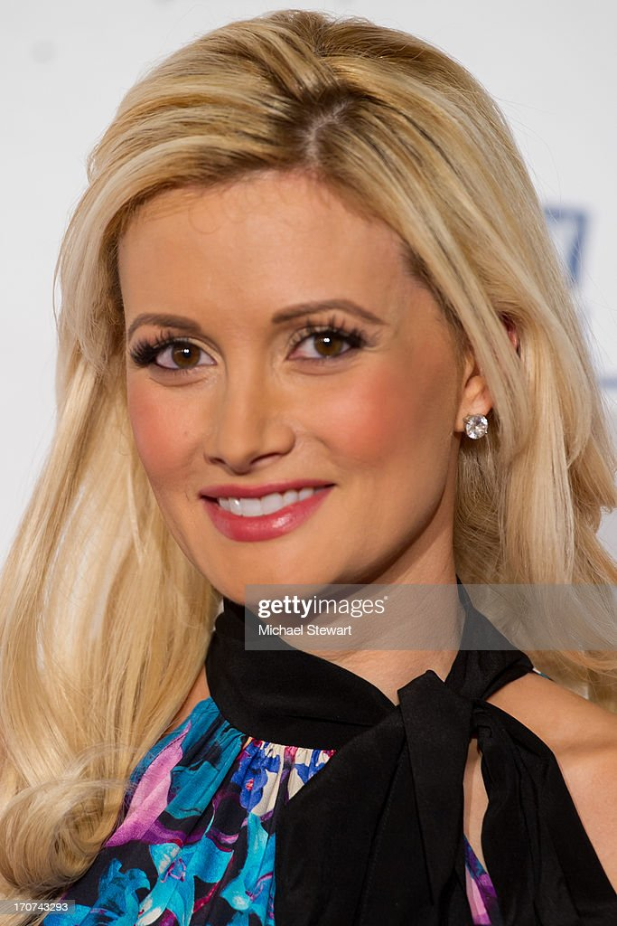 Model and television personality <a gi-track='captionPersonalityLinkClicked' href=/galleries/search?phrase=Holly+Madison&family=editorial&specificpeople=227275 ng-click='$event.stopPropagation()'>Holly Madison</a> arrives at the 2013 Miss USA pageant at Planet Hollywood Resort & Casino on June 16, 2013 in Las Vegas, Nevada.