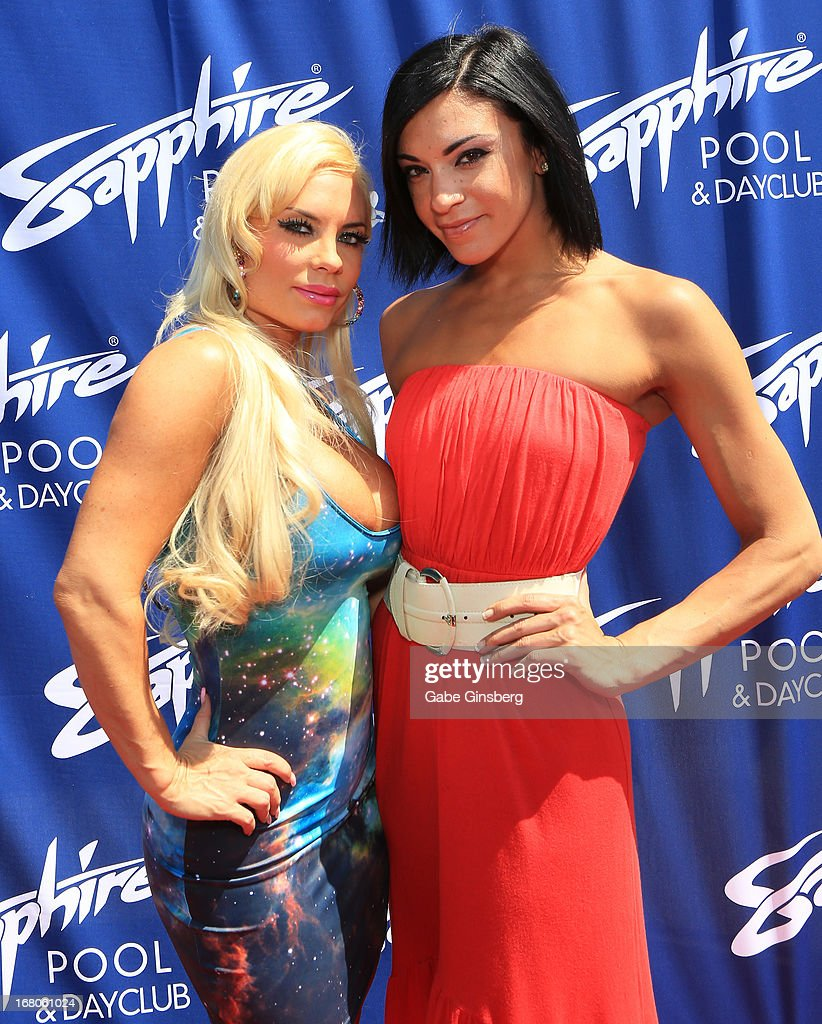 Model and television personality Nicole 'Coco' Austin (L) and Michelle DiTerlizzi arrive at the Sapphire Pool & Day Club grand opening party on May 4, 2013 in Las Vegas, Nevada.