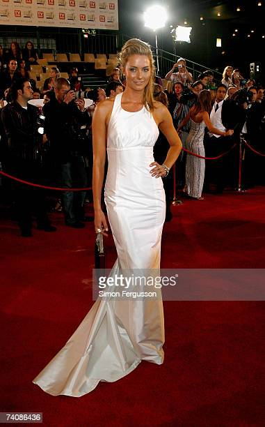 Model and TV presenter Jennifer Hawkins arrives at the 2007 TV Week Logie Awards at the Crown Casino on May 6 2007 in Melbourne Australia The annual...