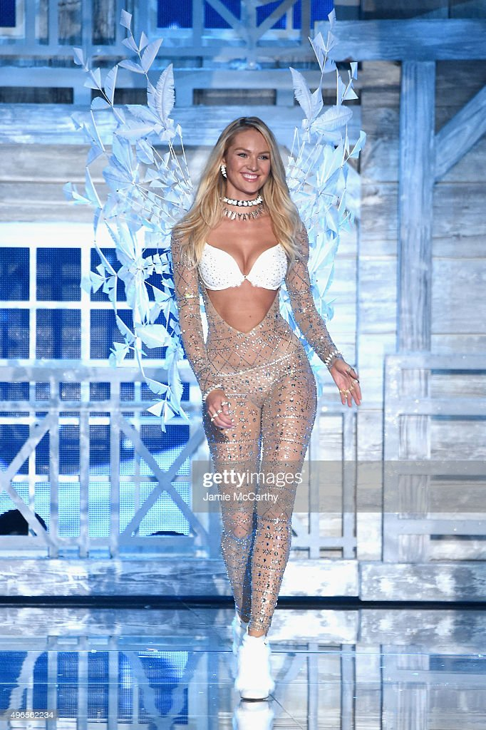 Model and Victoria's Secret Angel <a gi-track='captionPersonalityLinkClicked' href=/galleries/search?phrase=Candice+Swanepoel&family=editorial&specificpeople=4357958 ng-click='$event.stopPropagation()'>Candice Swanepoel</a> from South Africa walks the runway during the 2015 Victoria's Secret Fashion Show at Lexington Avenue Armory on November 10, 2015 in New York City.