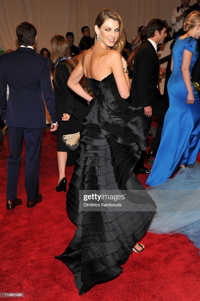 Model Angela Lindvall attends the Costume Institute Gala Benefit to celebrate the opening of the 'American Woman: Fashioning a National Identity' exhibition at The Metropolitan Museum of Art on May 3, 2010 in New York City.