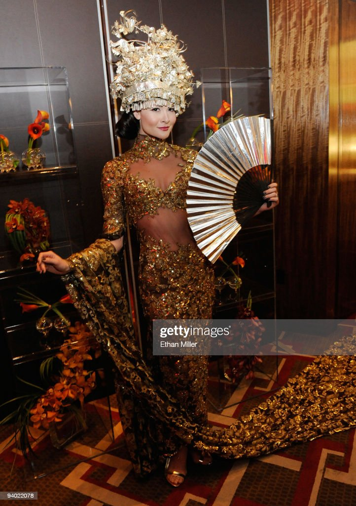 A model appears during the opening night gala for Mandarin Oriental, Las Vegas at CityCenter December 4, 2009 in Las Vegas, Nevada. The 47-story nongaming luxury hotel and condominium tower is the third part of the 67-acre, USD 8.5 billion mixed-use urban development center to open. The joint project between MGM Mirage and Dubai World is said to be the biggest privately financed construction project in United States history and one of the world's largest green projects being built with the Leadership in Energy & Environmental Design (LEED) Gold certified Green Building Rating System.