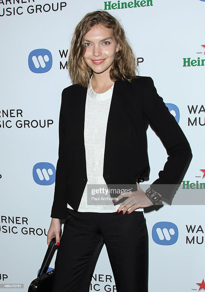 Model <a gi-track='captionPersonalityLinkClicked' href=/galleries/search?phrase=Arizona+Muse&family=editorial&specificpeople=7109685 ng-click='$event.stopPropagation()'>Arizona Muse</a> attends the Warner Music Group annual Grammy celebration at the Sunset Towers on January 26, 2014 in West Hollywood, California.