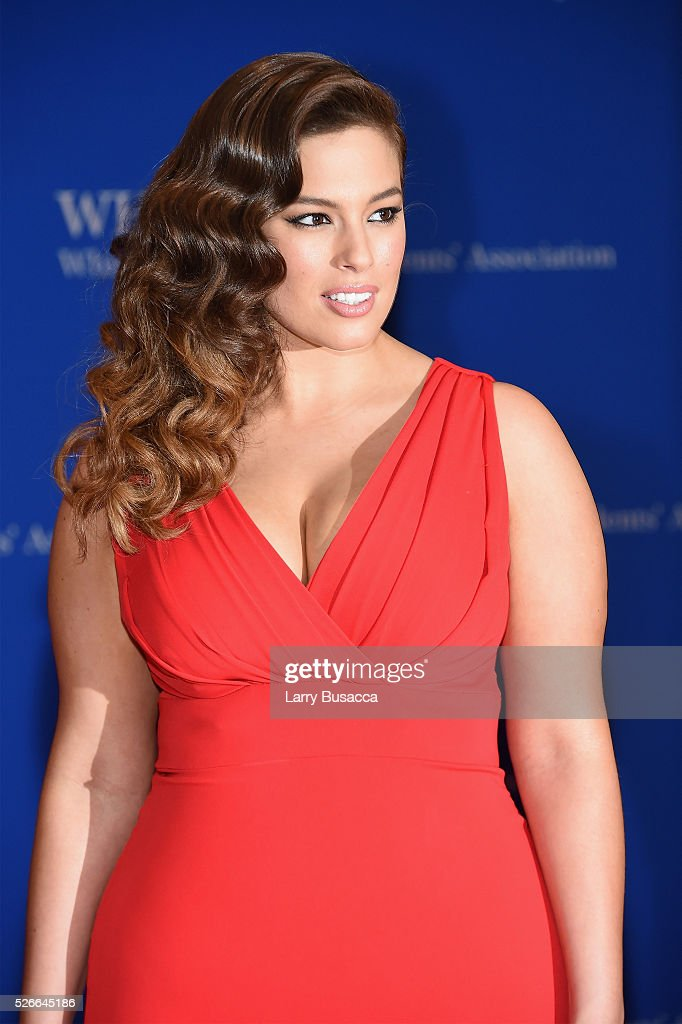 Model Ashley Graham attends the 102nd White House Correspondents' Association Dinner on April 30, 2016 in Washington, DC.