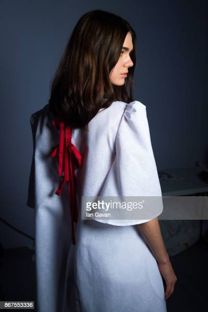 A model backstage ahead of the Mashael show during Fashion Forward October 2017 held at the Dubai Design District on October 28 2017 in Dubai United...