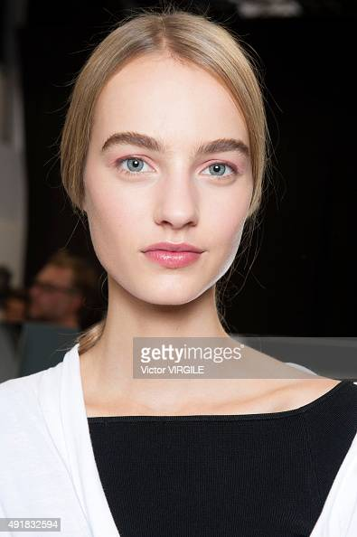 A model backstage during the Christian Dior Ready to Wear show as part of the Paris Fashion Week Womenswear Spring/Summer 2016 on October 2 2015 in...