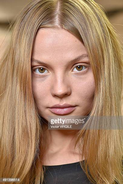 A model backstage during the Isabel Marant Ready to Wear show as part of the Paris Fashion Week Womenswear Spring/Summer 2016 on October 3 2015 in...