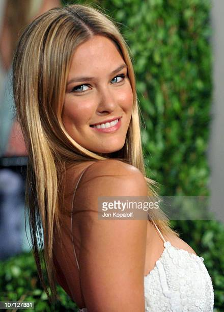 Model Bar Refaeli arrives at the 2010 Vanity Fair Oscar Party held at Sunset Tower on March 7 2010 in West Hollywood California