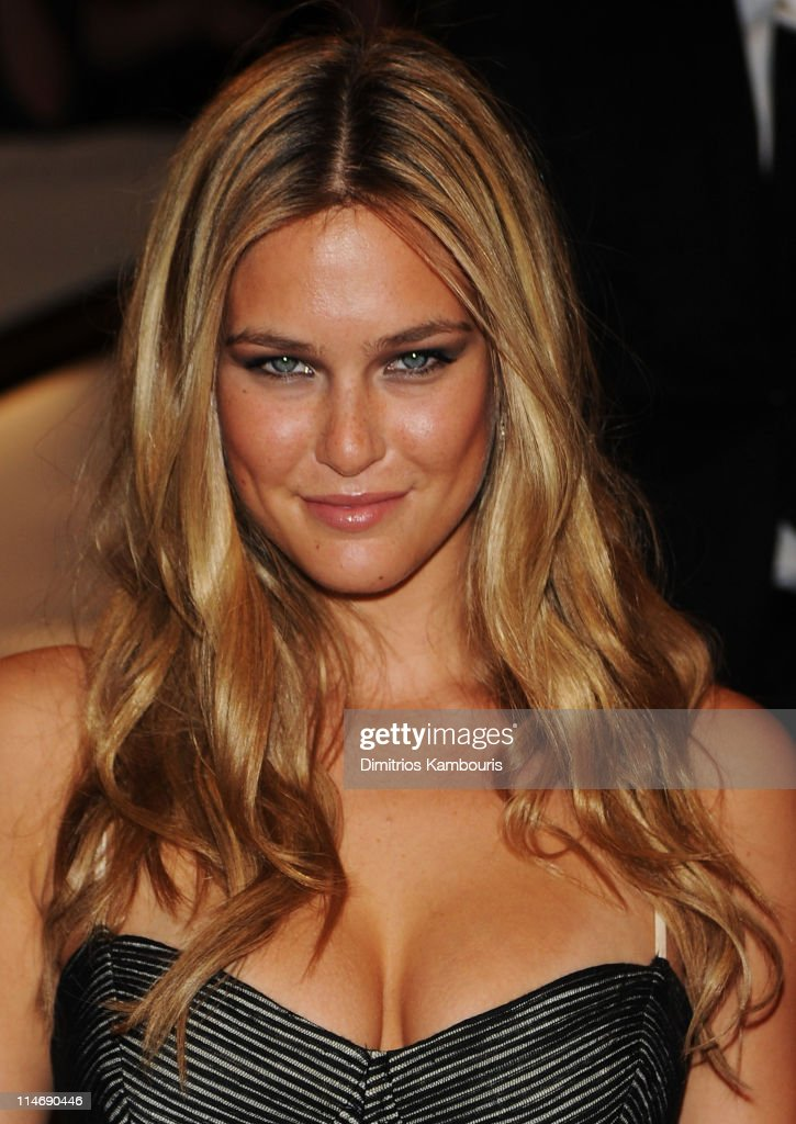 Model Bar Refaeli attends the Costume Institute Gala Benefit to celebrate the opening of the 'American Woman: Fashioning a National Identity' exhibition at The Metropolitan Museum of Art on May 3, 2010 in New York City.