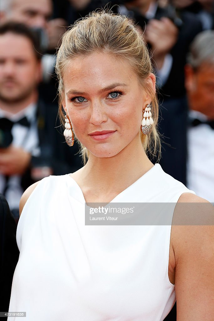 Model Bar Refaeli attends the opening ceremony and 'La Tete Haute' ('Standing Tall') premiere during the 68th annual Cannes Film Festival on May 13, 2015 in Cannes, France.