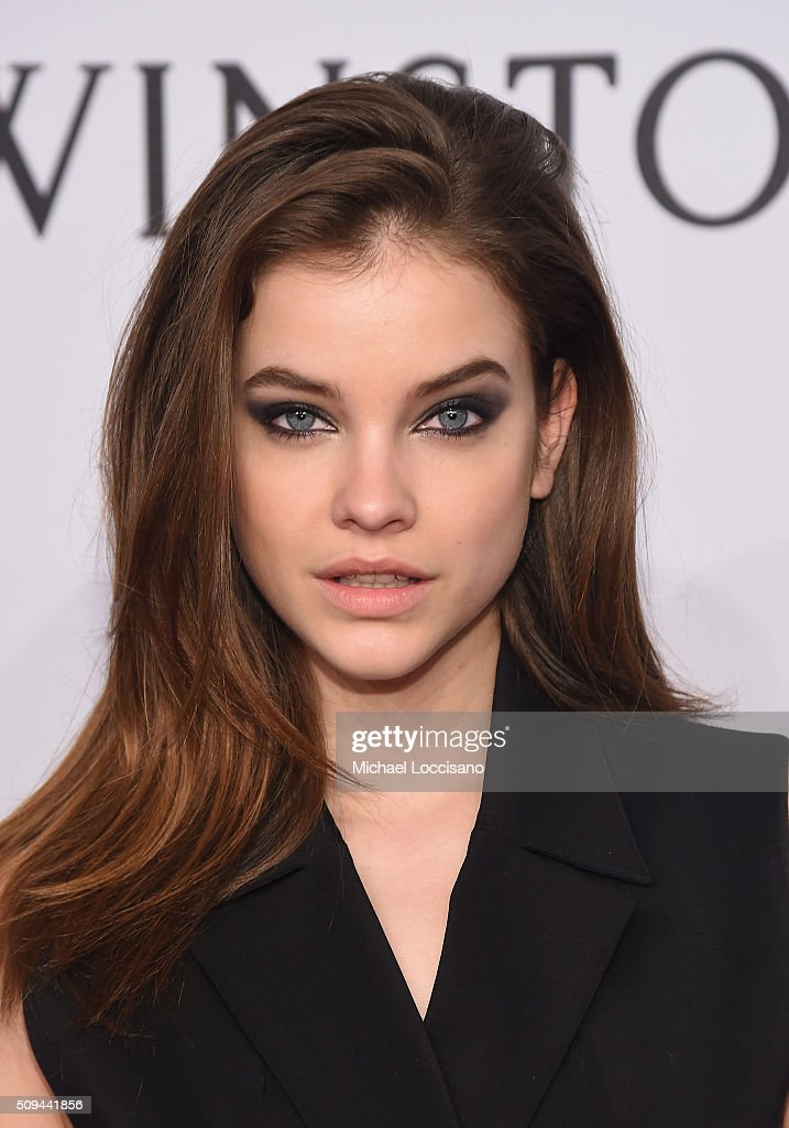 Model <a gi-track='captionPersonalityLinkClicked' href=/galleries/search?phrase=Barbara+Palvin&family=editorial&specificpeople=7190694 ng-click='$event.stopPropagation()'>Barbara Palvin</a> attends 2016 amfAR New York Gala at Cipriani Wall Street on February 10, 2016 in New York City.