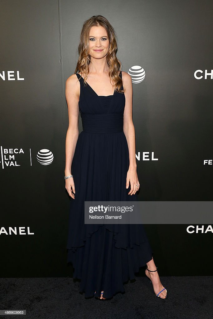 "Model <a gi-track='captionPersonalityLinkClicked' href=/galleries/search?phrase=Behati+Prinsloo&family=editorial&specificpeople=4319064 ng-click='$event.stopPropagation()'>Behati Prinsloo</a> attends the 2014 Tribeca Film Festival closing night film ""Begin Again"" hosted by CHANEL at BMCC Tribeca PAC on April 26, 2014 in New York City."