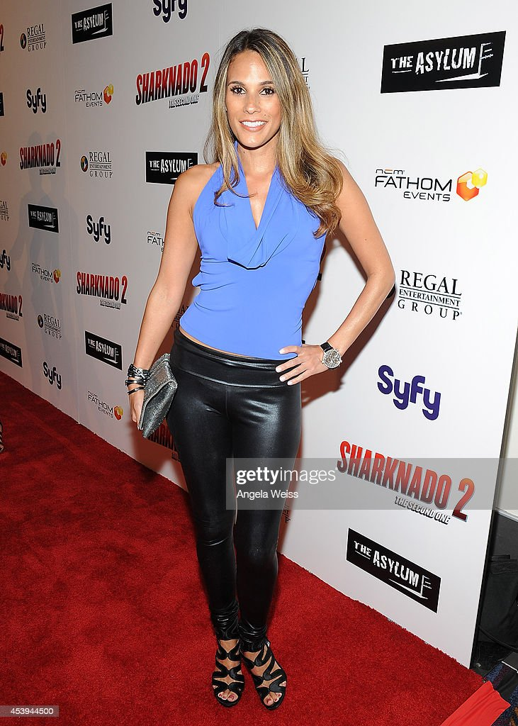 Model <a gi-track='captionPersonalityLinkClicked' href=/galleries/search?phrase=Bonnie-Jill+Laflin&family=editorial&specificpeople=240579 ng-click='$event.stopPropagation()'>Bonnie-Jill Laflin</a> attends the premiere of The Asylum & Fathom Events' 'Sharknado 2: The Second One' at Regal Cinemas L.A. Live on August 21, 2014 in Los Angeles, California.