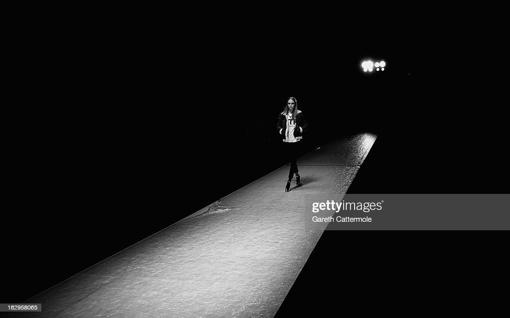 Model Cara Delevingne during rehearsals for the Vanessa Bruno Fall/Winter 2013 Ready-to-Wear show as part of Paris Fashion Week on March 1, 2013 in Paris, France.