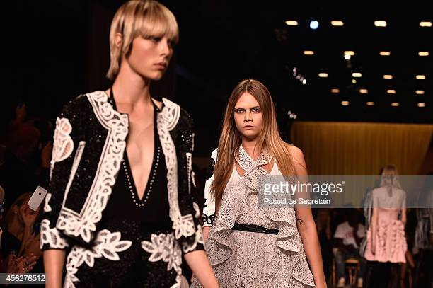 Model Cara Delevingne walks the runway during the Givenchy show as part of the Paris Fashion Week Womenswear Spring/Summer 2015 on September 28 2014...