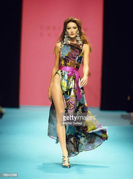 PARIS Model Carla Bruni walks the catwalk at a Christian Lacroix High fashion show in Paris France According to reports December 18 2007 French...