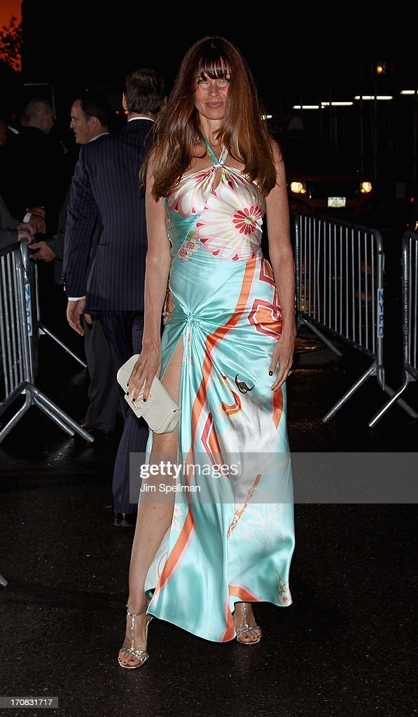 Model <a gi-track='captionPersonalityLinkClicked' href=/galleries/search?phrase=Carol+Alt&family=editorial&specificpeople=202034 ng-click='$event.stopPropagation()'>Carol Alt</a> attends the Dolce & Gabbana and The Cinema Society screening of the Epix World premiere of 'Madonna: The MDNA Tour' at The Paris Theatre on June 18, 2013 in New York City.