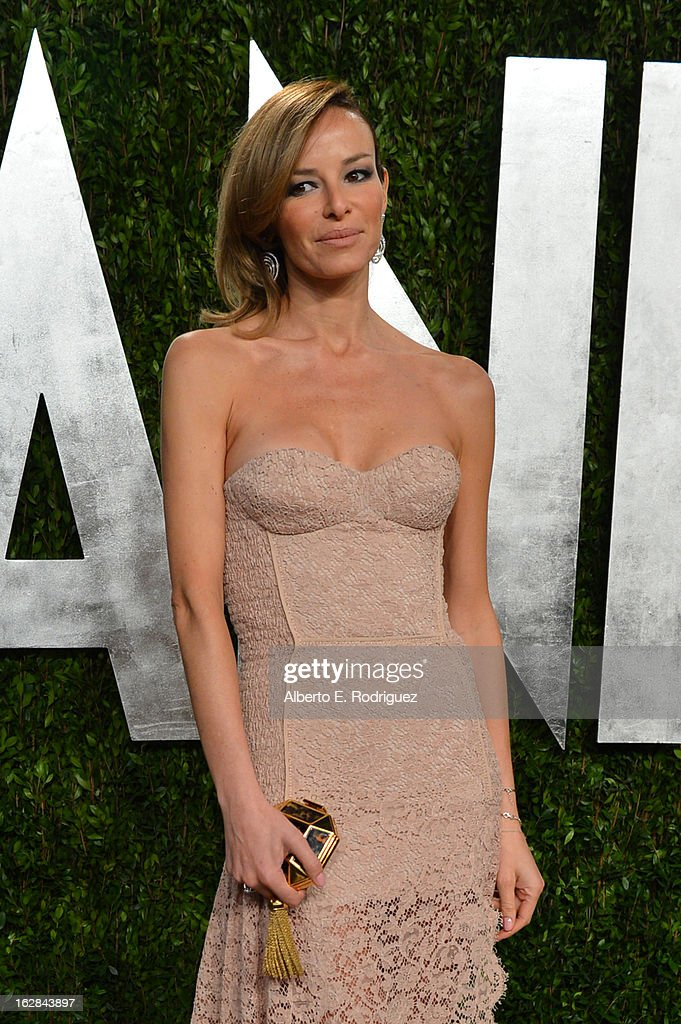 Model Carolina Parsons arrives at the 2013 Vanity Fair Oscar Party hosted by Graydon Carter at Sunset Tower on February 24, 2013 in West Hollywood, California.