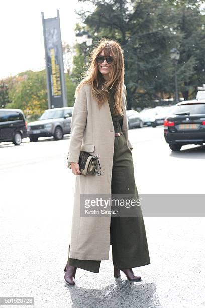Model Caroline De Maigret wears a Chanel bag on day 8 during Paris Fashion Week Spring/Summer 2016/17 on October 6 2015 in Paris France Caroline De...