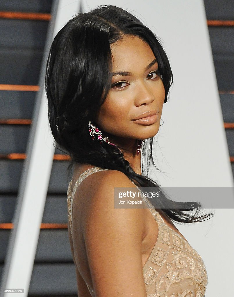 Model Chanel Iman arrives at the 2015 Vanity Fair Oscar Party Hosted By Graydon Carter at Wallis Annenberg Center for the Performing Arts on February...