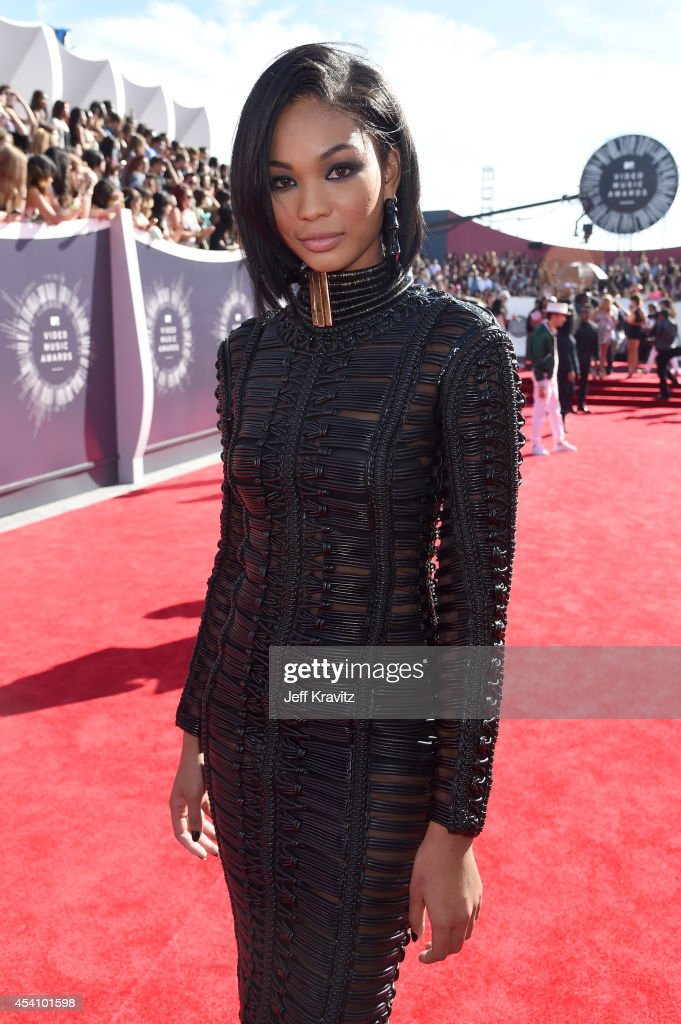 Model <a gi-track='captionPersonalityLinkClicked' href=/galleries/search?phrase=Chanel+Iman&family=editorial&specificpeople=2905732 ng-click='$event.stopPropagation()'>Chanel Iman</a> attends the 2014 MTV Video Music Awards at The Forum on August 24, 2014 in Inglewood, California.