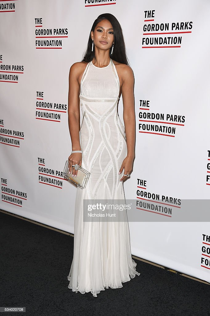 Model <a gi-track='captionPersonalityLinkClicked' href=/galleries/search?phrase=Chanel+Iman&family=editorial&specificpeople=2905732 ng-click='$event.stopPropagation()'>Chanel Iman</a> attends the 2016 Gordon Parks Foundation awards dinner at Cipriani 42nd Street on May 24, 2016 in New York City.