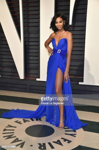Model Chanel Iman attends the 2017 Vanity Fair Oscar Party hosted by Graydon Carter at Wallis Annenberg Center for the Performing Arts on February 26...