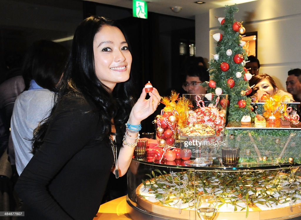 Model Chie Kumazawa attends the Links of London Christmas Party on December 9, 2013 in Tokyo, Japan.