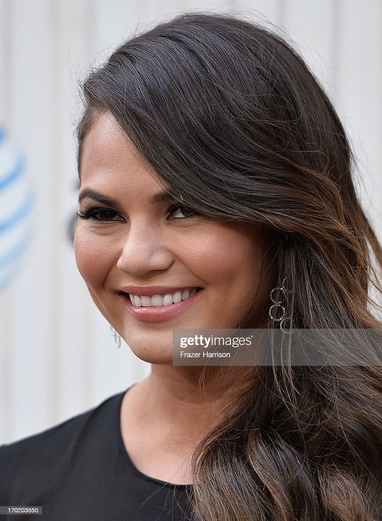 Model Chrissy Teigen attends Spike TV's Guys Choice 2013 at Sony Pictures Studios on June 8, 2013 in Culver City, California.