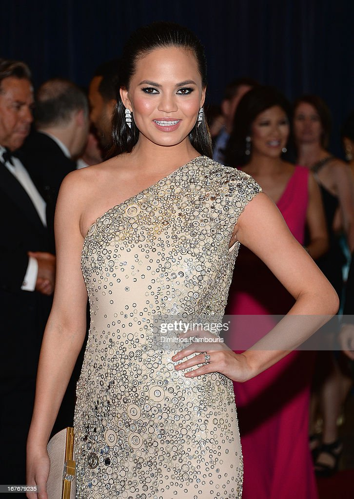 Model Chrissy Teigen attends the White House Correspondents' Association Dinner at the Washington Hilton on April 27, 2013 in Washington, DC.