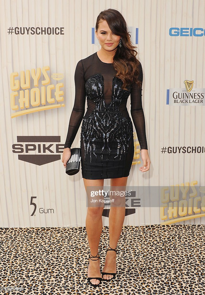 Model <a gi-track='captionPersonalityLinkClicked' href=/galleries/search?phrase=Christine+Teigen&family=editorial&specificpeople=4583768 ng-click='$event.stopPropagation()'>Christine Teigen</a> arrives at Spike TV's 'Guys Choice 2013' at Sony Pictures Studios on June 8, 2013 in Culver City, California.