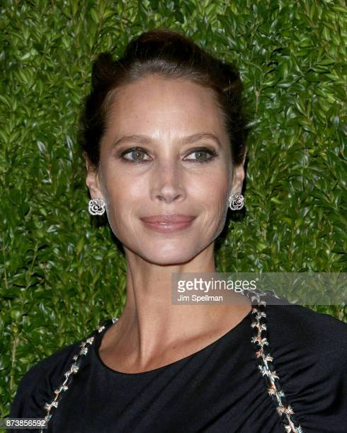 Model Christy Turlington attends the 2017 Museum of Modern Art Film Benefit Tribute to Julianne Moore at Museum of Modern Art on November 13 2017 in...