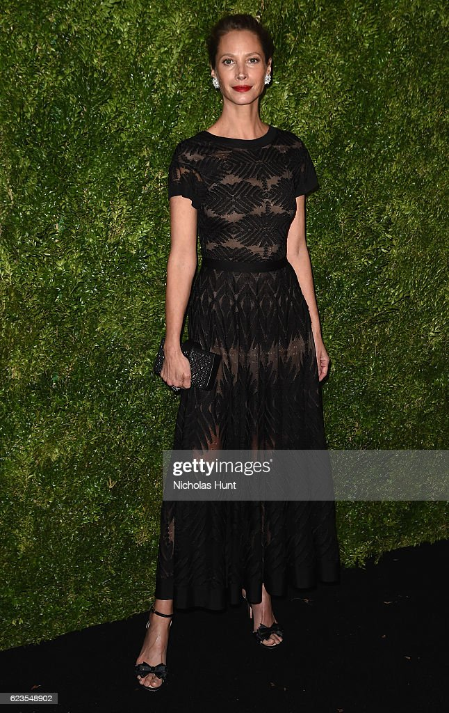 Model Christy Turlington attends the MoMA Film Benefit presented by CHANEL, A Tribute To Tom Hanks at MOMA on November 15, 2016 in New York City.