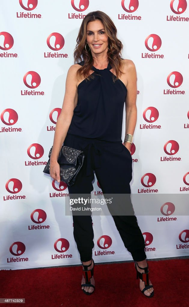 Model <a gi-track='captionPersonalityLinkClicked' href=/galleries/search?phrase=Cindy+Crawford&family=editorial&specificpeople=202842 ng-click='$event.stopPropagation()'>Cindy Crawford</a> attends the premiere of Lifetime Television's 'Return to Zero' at the Paramount Theater on the Paramount Studios lot on May 1, 2014 in Hollywood, California.