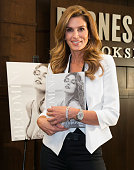 Model Cindy Crawford signs her new book 'Becoming Cindy Crawford' at Barnes Noble at The Grove on October 15 2015 in Los Angeles California