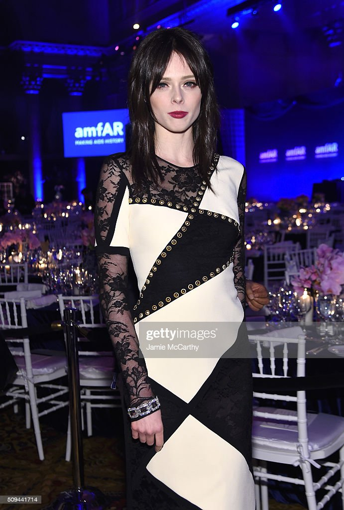 Model <a gi-track='captionPersonalityLinkClicked' href=/galleries/search?phrase=Coco+Rocha&family=editorial&specificpeople=4172514 ng-click='$event.stopPropagation()'>Coco Rocha</a> attends the 2016 amfAR New York Gala at Cipriani Wall Street on February 10, 2016 in New York City.