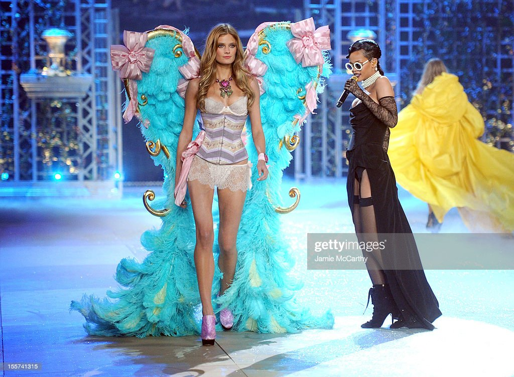Model Constance Jablonski (L) and Rihanna onstage during the 2012 Victoria's Secret Fashion Show at the Lexington Avenue Armory on November 7, 2012 in New York City.