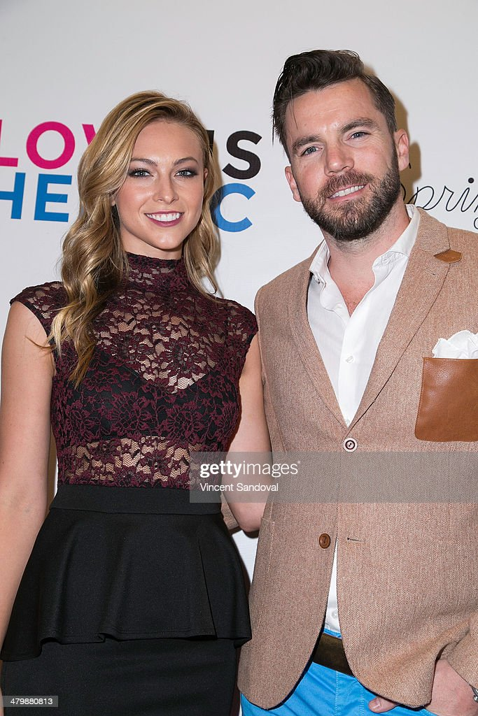 Model Courtney Hope Turner (L) and guest attend the Unlikely Heroes red carpet spring benefit at SupperClub Los Angeles on March 20, 2014 in Los Angeles, California.