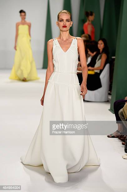 Model Daphne Groeneveld walks the runway at the Carolina Herrera fashion show during MercedesBenz Fashion Week Spring 2015 at The Theatre at Lincoln...