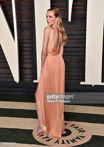 Model Daria Strokous attends the 2016 Vanity Fair Oscar Party hosted By Graydon Carter at Wallis Annenberg Center for the Performing Arts on February...