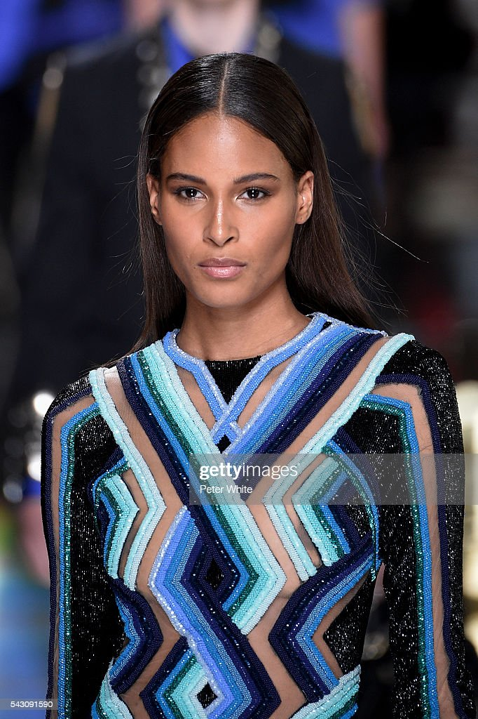 A model, details, walks the runway during the Balmain Menswear Spring/Summer 2017 show as part of Paris Fashion Week on June 25, 2016 in Paris, France.